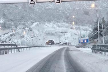 El tiempo se ríe del esquí soltando nevadas intensas para las próximas horas
