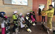 Vuelven las clases para enseñar a esquiar a los escolares catalanes del Pirineo y Barcelona