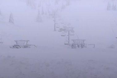 La estación de esquí de Hochkar queda literalmente sepultada por la nieve