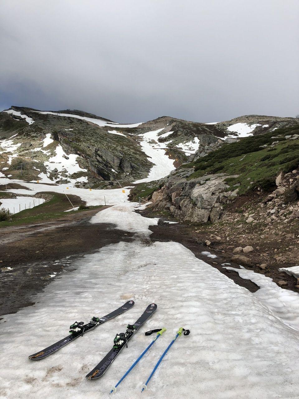 Esquiando en Alto Campoo  15 de junio