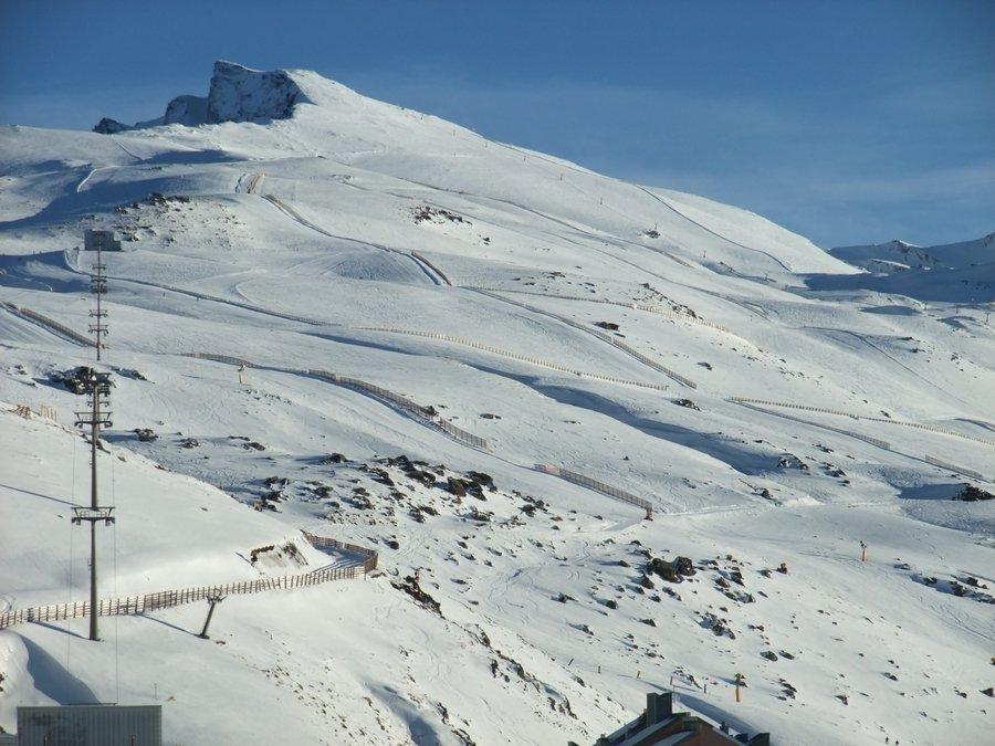 Pistas m ticas descenso veleta sierra nevada gatos del pirineo - Apartamentos baratos en sierra nevada ...