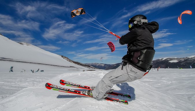 "Corralco recibe por quinta vez el ""Snowkite Fest by Royal Guard"""