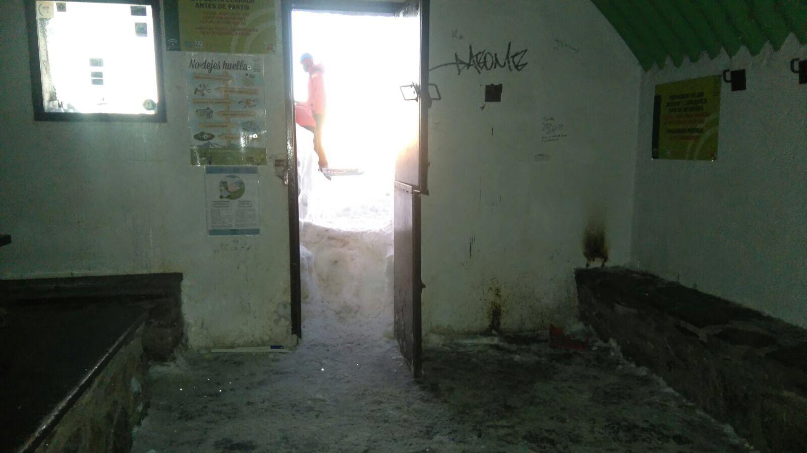 Bolsa De Trabajo Merceria Del Refugio : Estado del refugio de la carihuela