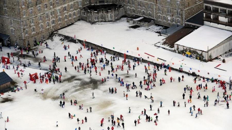 Frente nieve de Luchon Superbagneres
