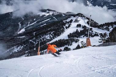 Las estaciones de esquí de Andorra continuarán cerradas a extranjeros