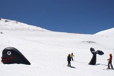 Sierra Nevada abrirá todas sus zonas esquiables hasta el 5 de mayo