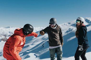 Las estaciones de esquí de Nueva Zelanda sopesan abrir solo fines de semana y festivos