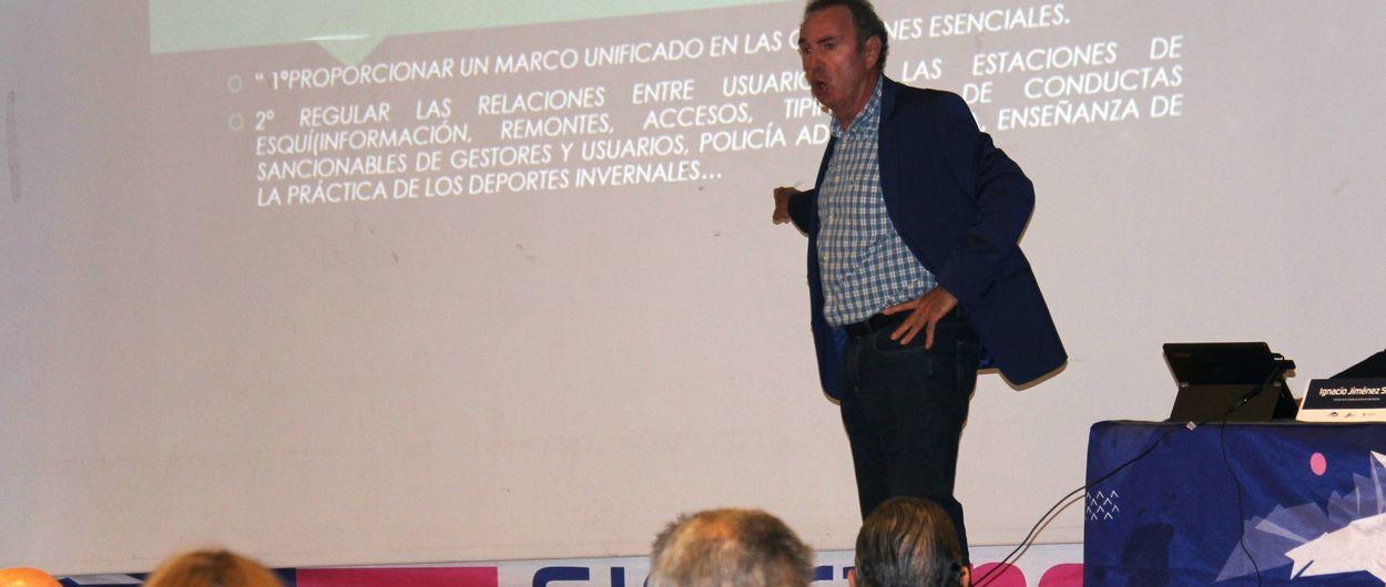 Expertos en derecho analizan una futura ley de los deportes de invierno en Andalucía