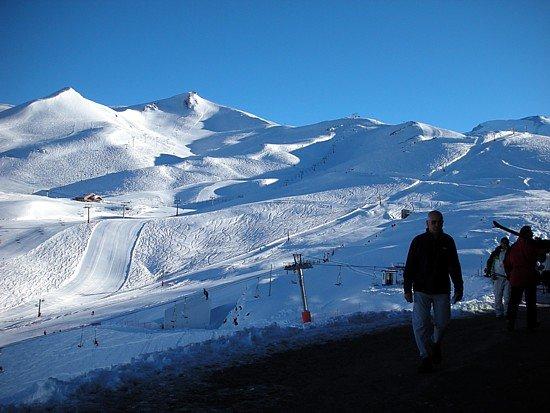 Centros de Ski Podrían Extender La Temporada Hasta Octubre
