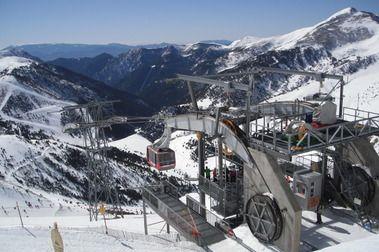 20 años del teleférico que une las estaciones de esquí de Pal y Arinsal