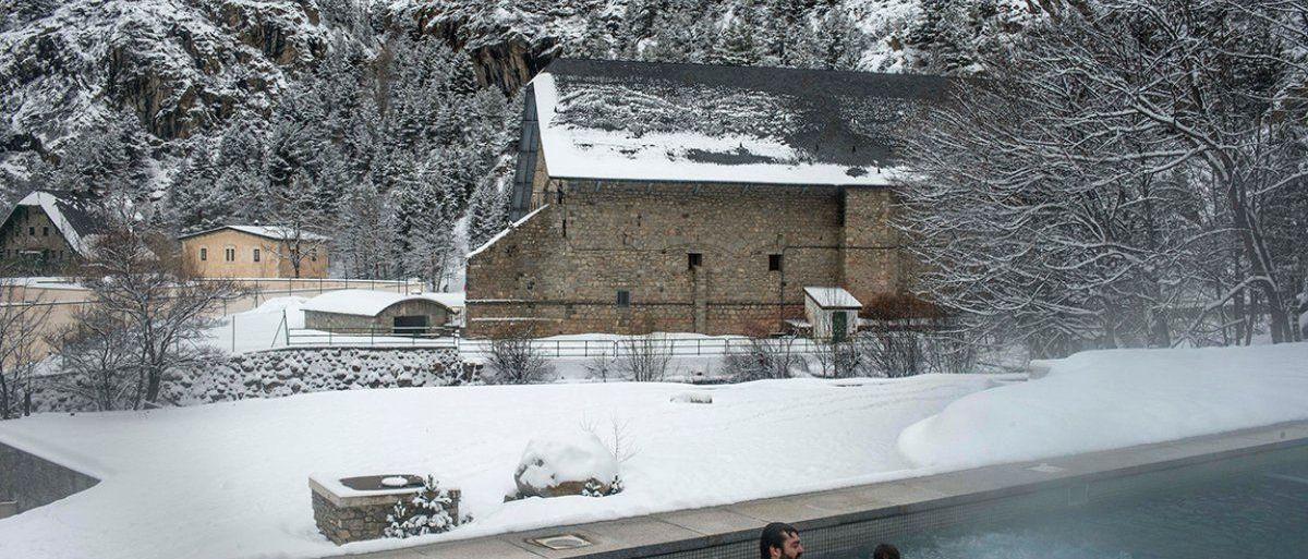 El Balneario de Panticosa y la estación de esquí de Formigal abrirán el día 23