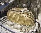 Quiebra el famoso Huevo de Oro de Davos