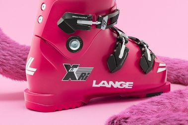 Lange lanza una edición actualizada de las The Pink Panther XRi