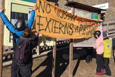 Gestion 2000 recula y no rebajará el precio de la hora a los profesores de esquí de Port Ainé