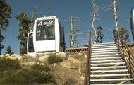 Las viejas cabinas de Les Angles ahora son comedores con excelentes vistas