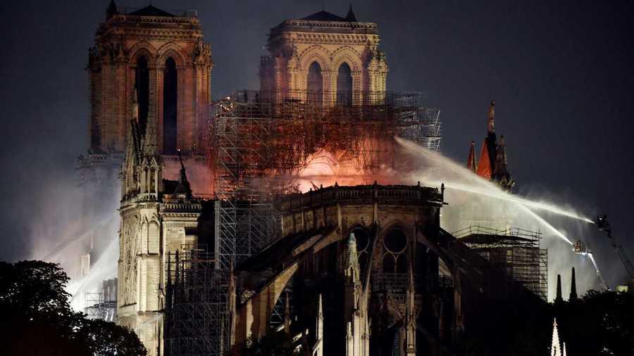 Incendio de la catedral de Notre Dame de París