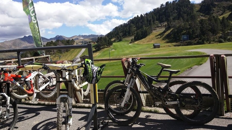 bike and golf