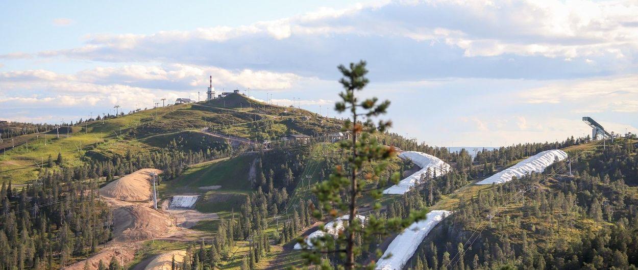 Finlandia se prepara para abrir la temporada de esquí con nieve de hace meses
