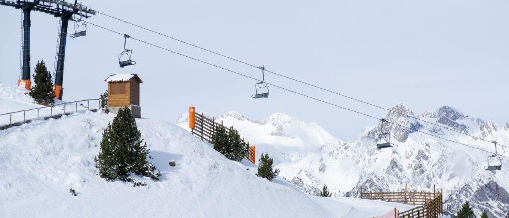 Aramón abrirá todas sus estaciones de esquí de Huesca este sábado