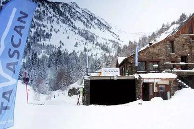 Tavascán se beneficia de las pocas nevadas y recibe más esquiadores