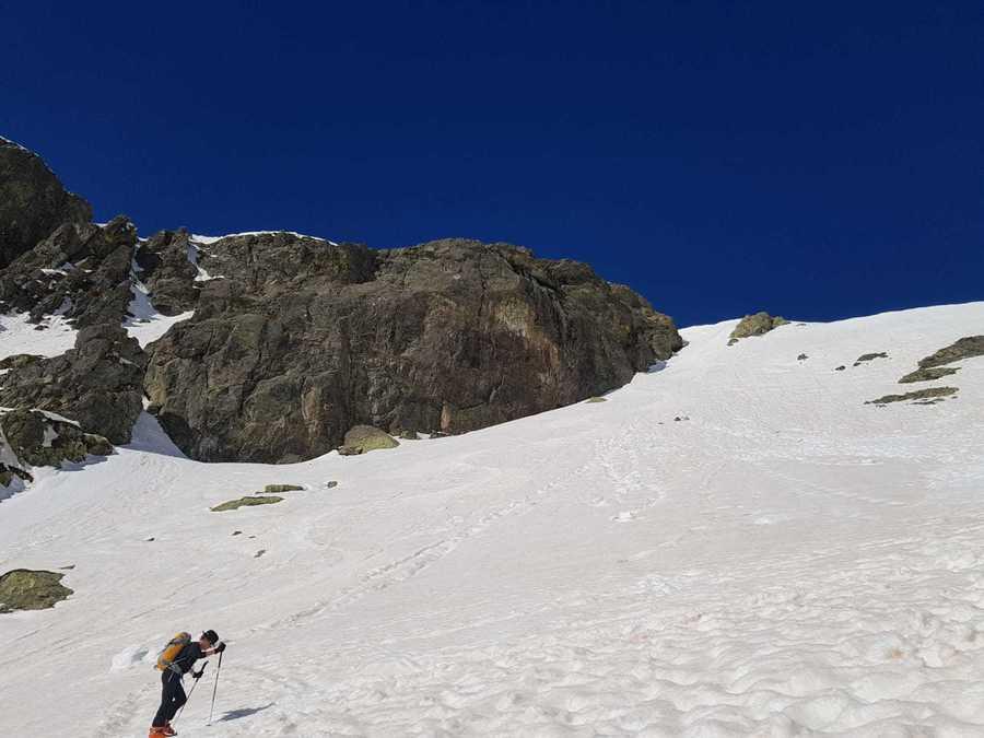 1 de Marzo: Esquí en Autoestop, Petit Van 2438m