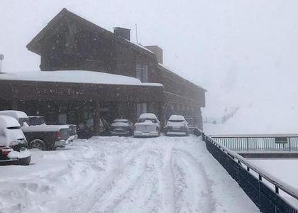 Nieve caída permite que Valle Nevado extienda temporada unos días