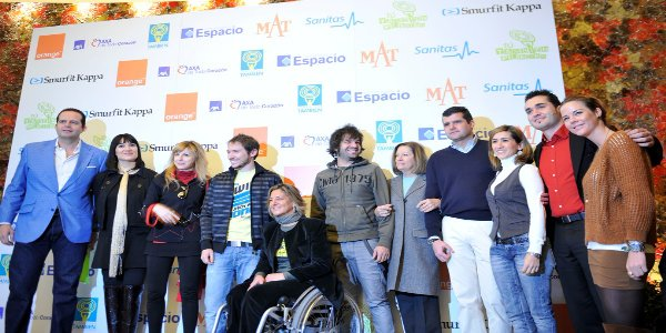 Fotografía de grupo de famosos en la gala
