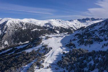 Grandvalira abre a lo grande para Navidad: 130 km de pistas de esquí
