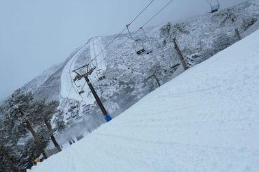 Las pistas de esquí del Puerto de Navacerrada vuelven a abrir este jueves