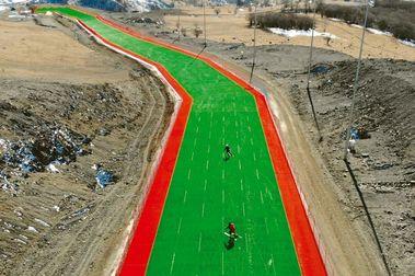 Chechenia inaugura la pista de esquí seco más larga del mundo
