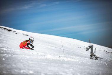 Valgrande Pajares organiza con éxito los Autonómicos de esquí de Asturias
