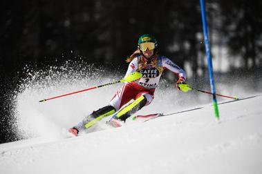 Katharina Liensberger es la nueva campeona del mundo de Slálom tras ganar en Cortina d'Ampezzo