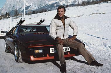 Homenaje a Roger Moore. Las mejores secuencias de 007 de esquí