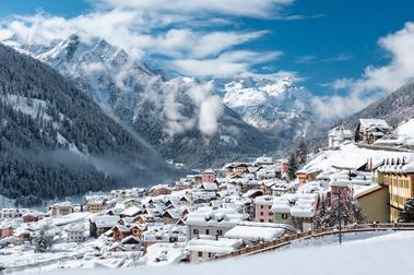 La Clusaz y Presena abren la temporada de esquí más corta de su historia