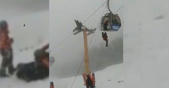 Rescataron a seis personas de una telecabina en Cerro Bayo