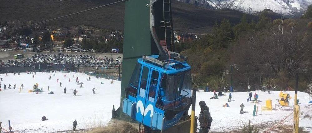 Descarrilan un telesilla y un telecabina en la estación de esquí de Cerro Catedral