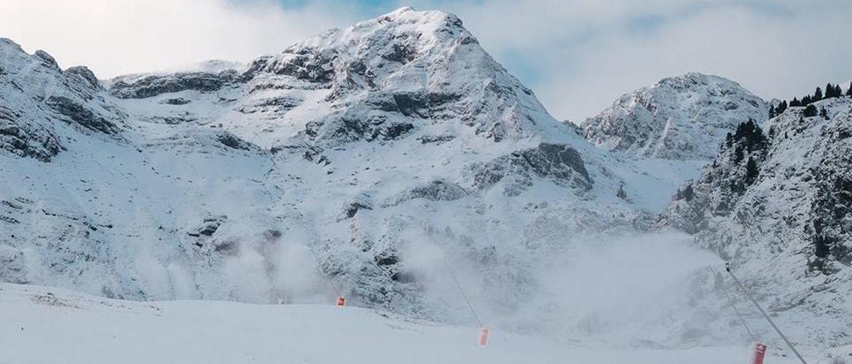 Aramón abrirá pistas de esquí en Formigal y Valdelinares el día 26
