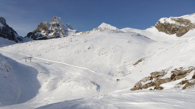 Y por fin sábado con nieve en Candanchú