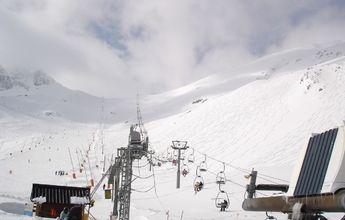 San Isidro bate su récord de esquiadores esta temporada