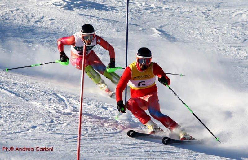 Fotografía de Santacana y Galindo en un descenso