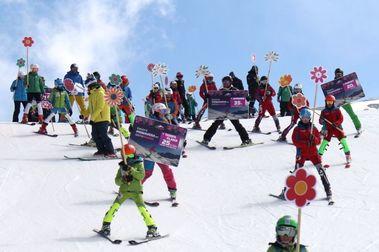 Sierra Nevada lanza los forfaits a 20 euros para esquiar en primavera