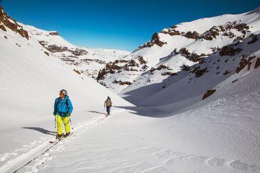 Ni esquí hacia abajo ni hacia arriba. En Colorado lo acaban prohibiendo totalmente