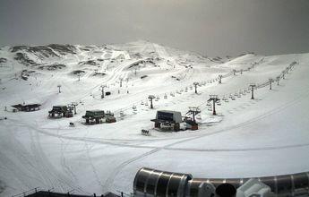 Sierra Nevada acaba Semana Santa con 53.000 esquiadores y alta ocupación