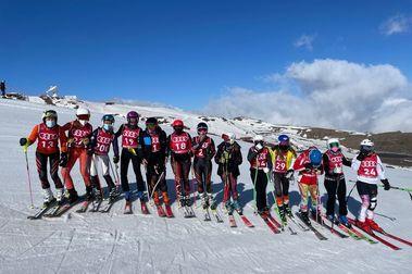 La Copa de España de esquí Master cierra en Sierra Nevada con gran éxito de participación