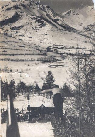 Salto dal trampolino Smith - Crèdit: Bardonecchia - Colomion Spa