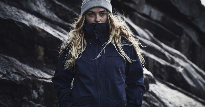 Haglöfs incorpora la nueva membrana PROOF a sus chaquetas y botas
