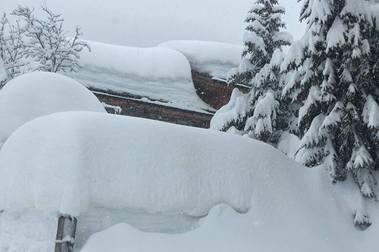 Zermatt vuelve a quedar incomunicada por fuertes nevadas