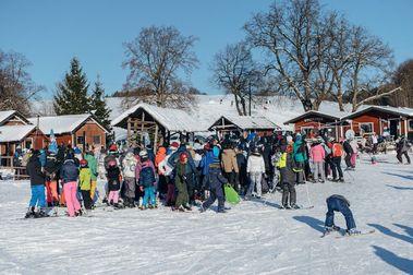 La policía polaca pone 1.000 multas en la reapertura de la temporada de esquí