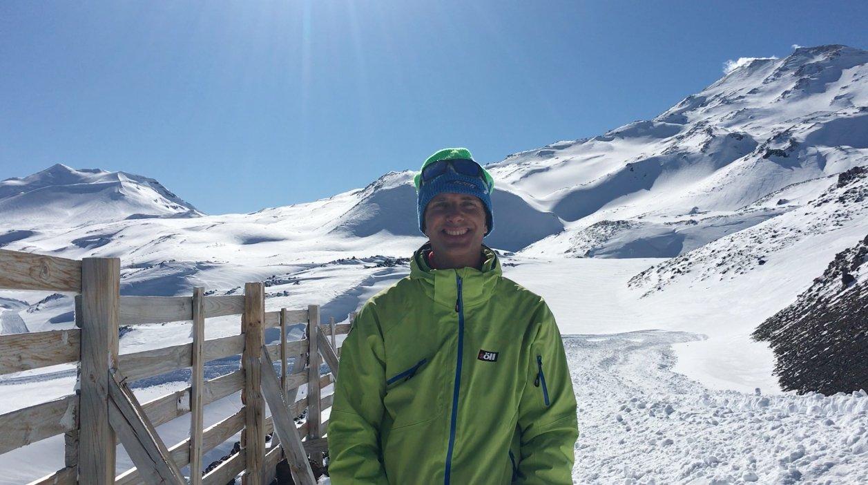 ¿Que es y quien está detrás de EsquiaryViajar?