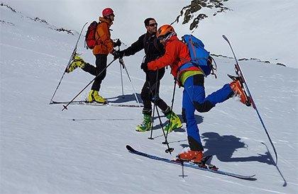 Salida travesera por el Pico del Lobo y alrededores (13.3.16)